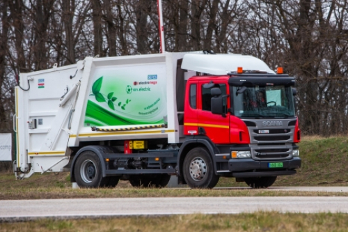 ELECTROMEGA - electric powertrain and control system for commercial vehicles